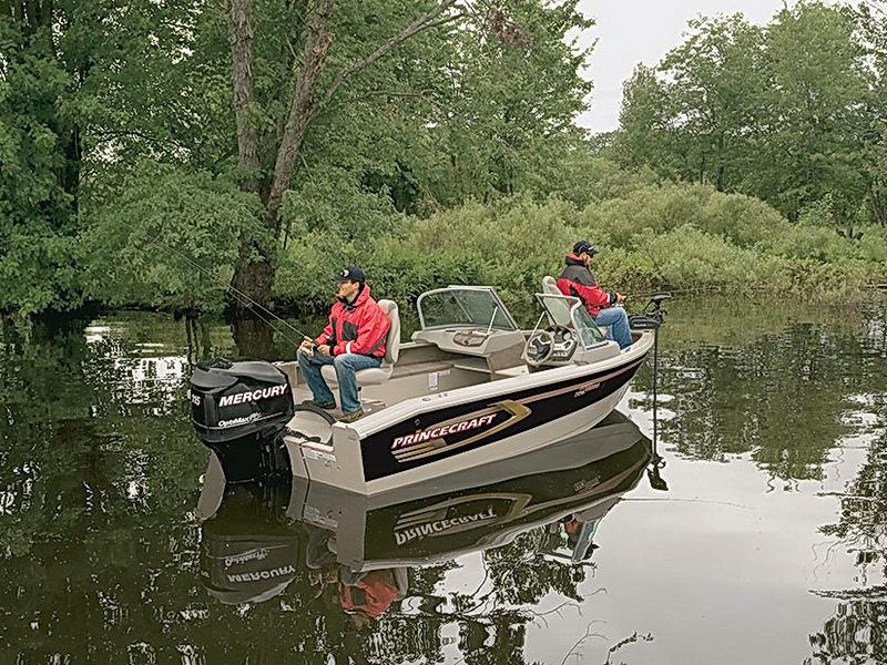 лодка производства канада